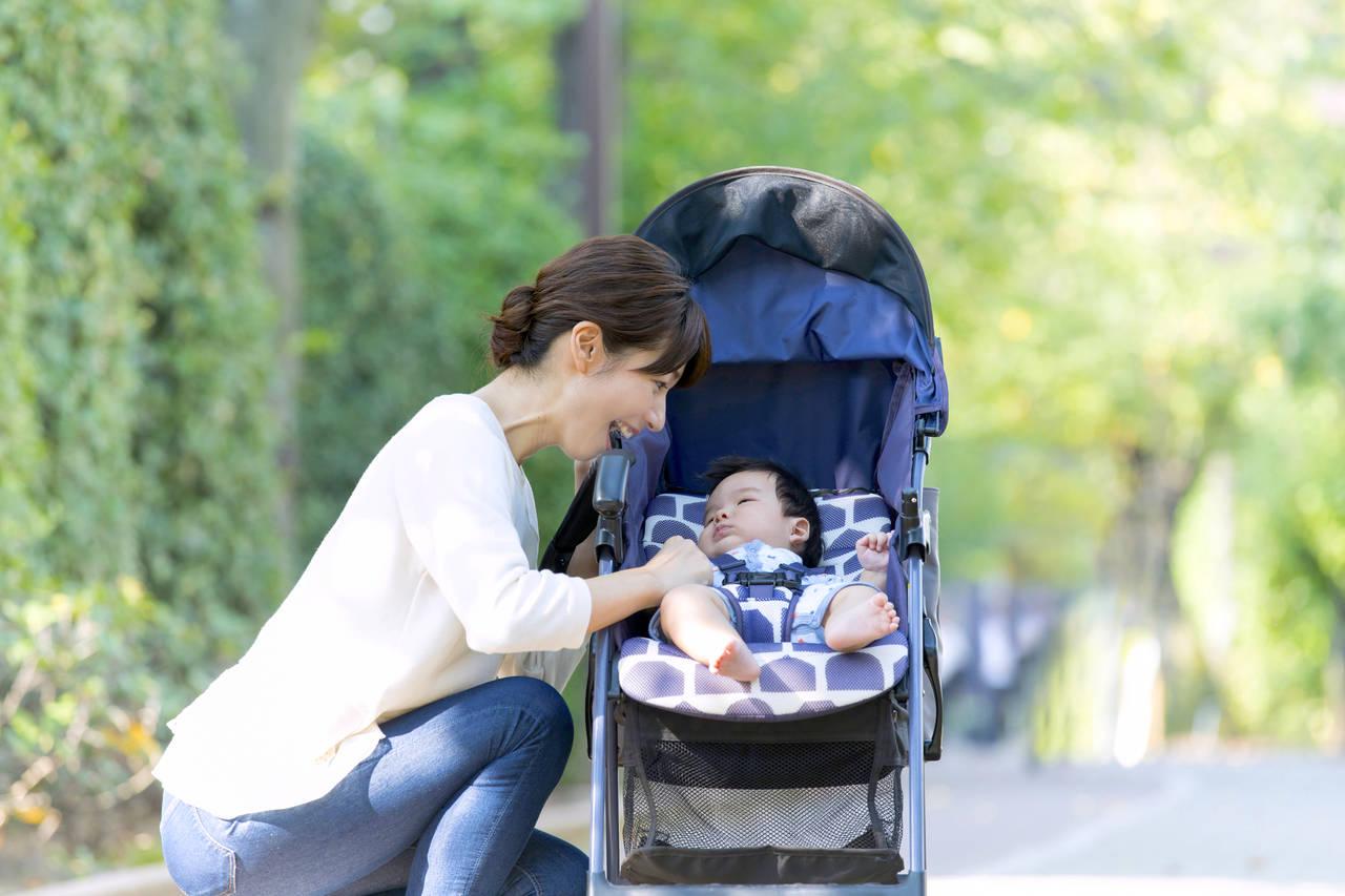 ベビーカーで快適にお出かけ!ママや赤ちゃんの便利グッズを紹介
