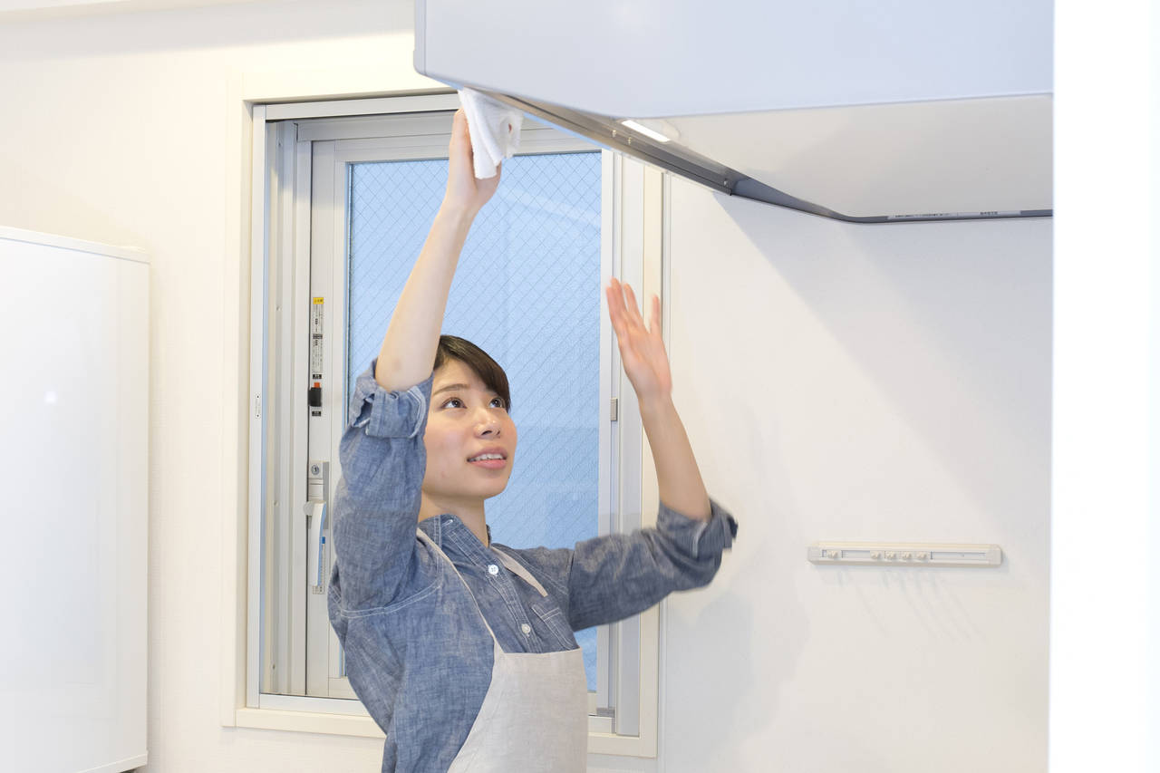 換気扇掃除の最適なやり方とは?準備から作業中の注意点のご紹介