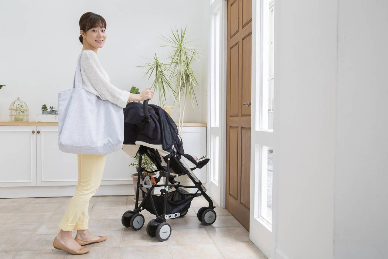 赤ちゃんとの外出時の授乳はどうしてる?お出かけの準備や注意点