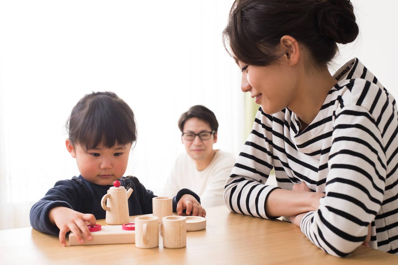 2歳児と楽しむおままごとの遊び方!得られる効果やおもちゃの選び方
