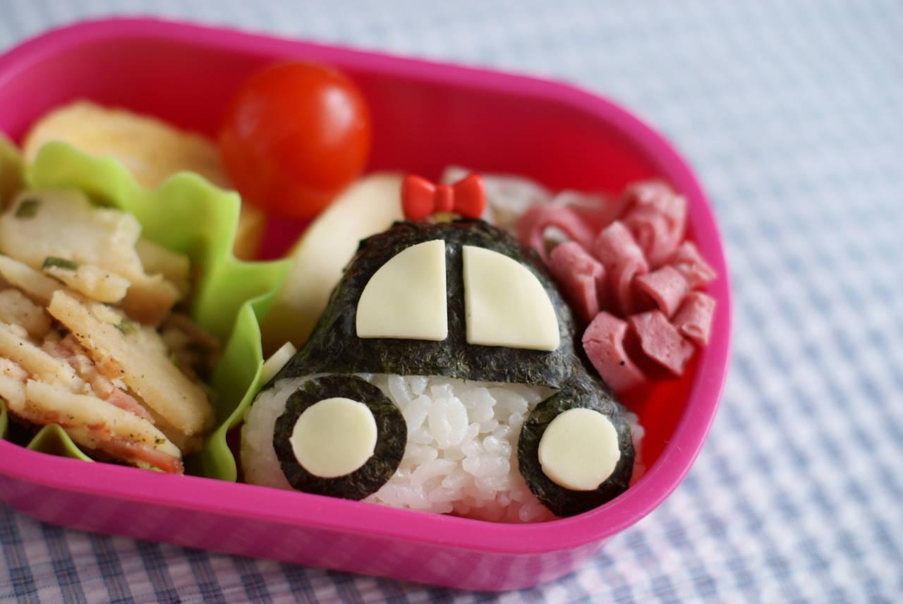 保育園児が喜ぶパトカー弁当を作ろう!不器用ママでもできるレシピ