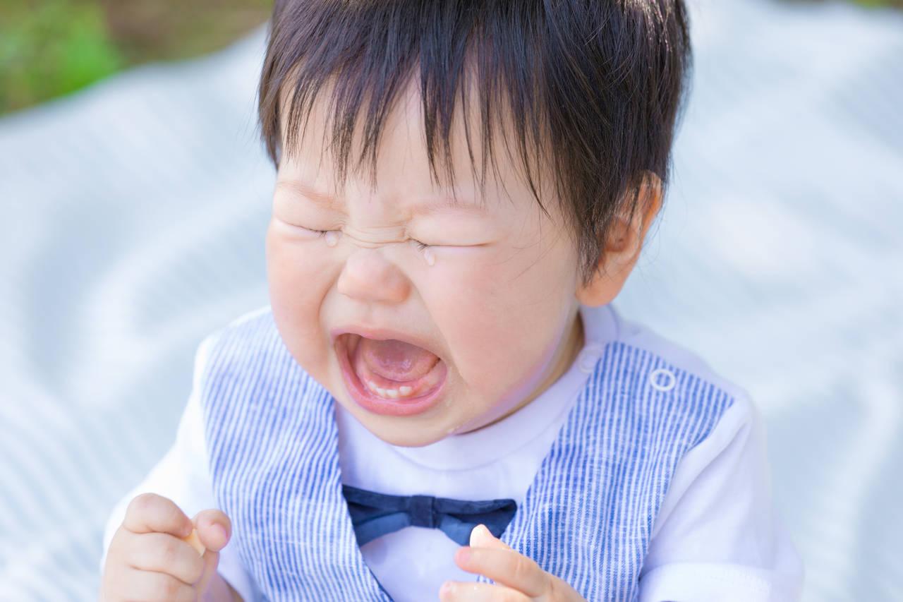 1歳の子どもが転んで歯に異常が!すぐにできる対処と受診の目安