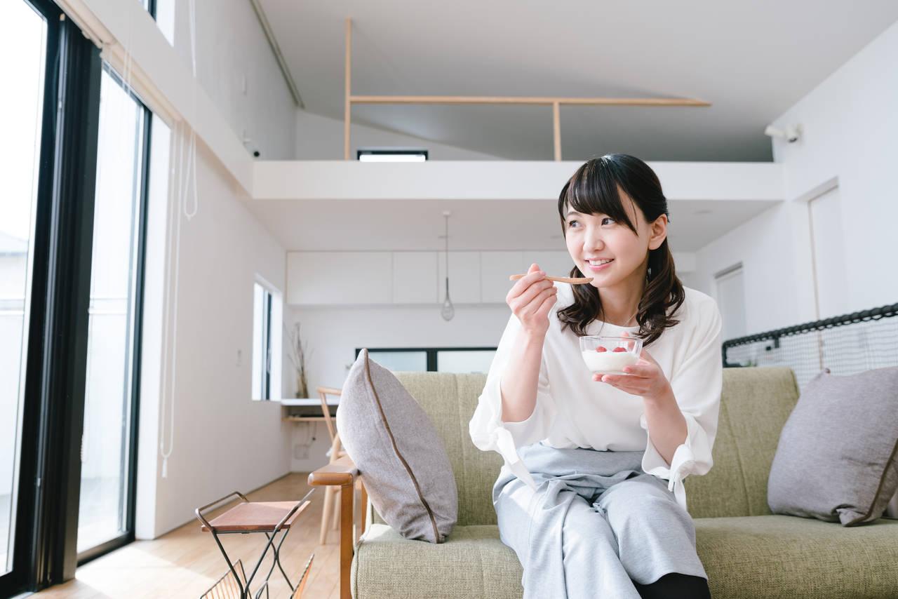 授乳期の食欲が異常に増えるのはなぜ?ママができる対策を考えよう