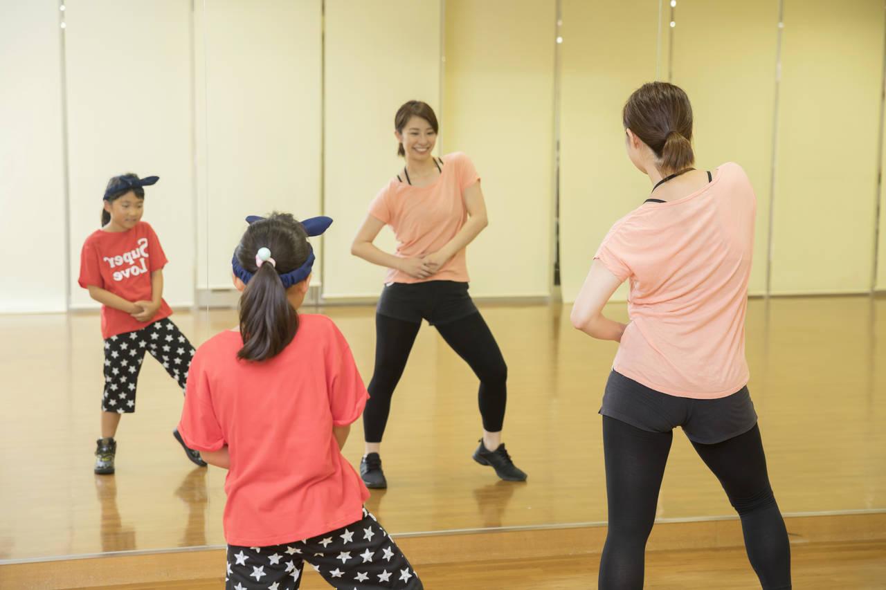 親子でヒップホップを一緒に踊ろう!習うメリットや体と脳への効果