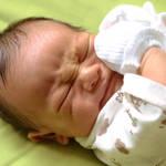 赤ちゃんの大きな寝言の理由は?原因を知ってやさしく見守ろう