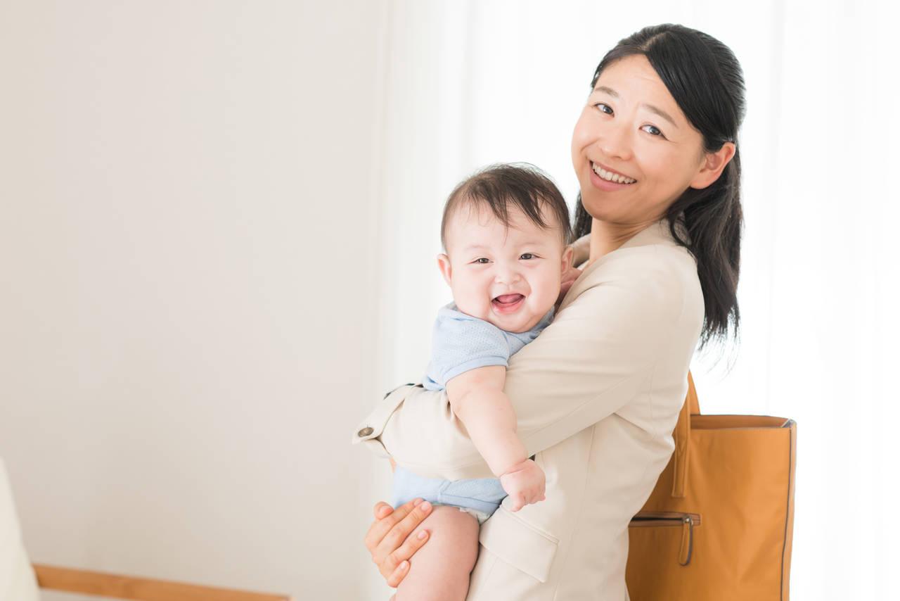 赤ちゃんを抱えるシングルマザーは大変!子育てで大切にしたいこと