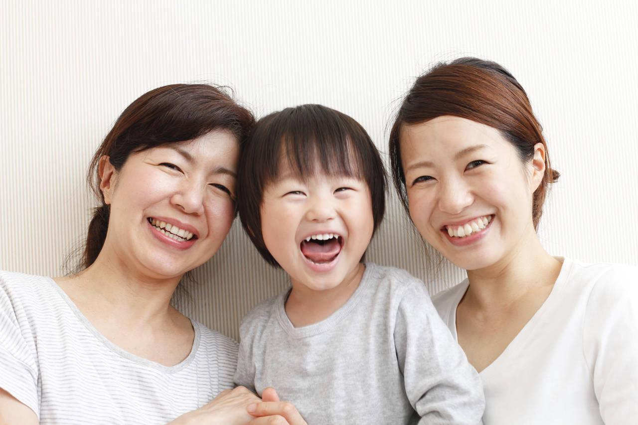 シングルマザーが考えたい親の介護。育児や仕事との両立に向けた対策