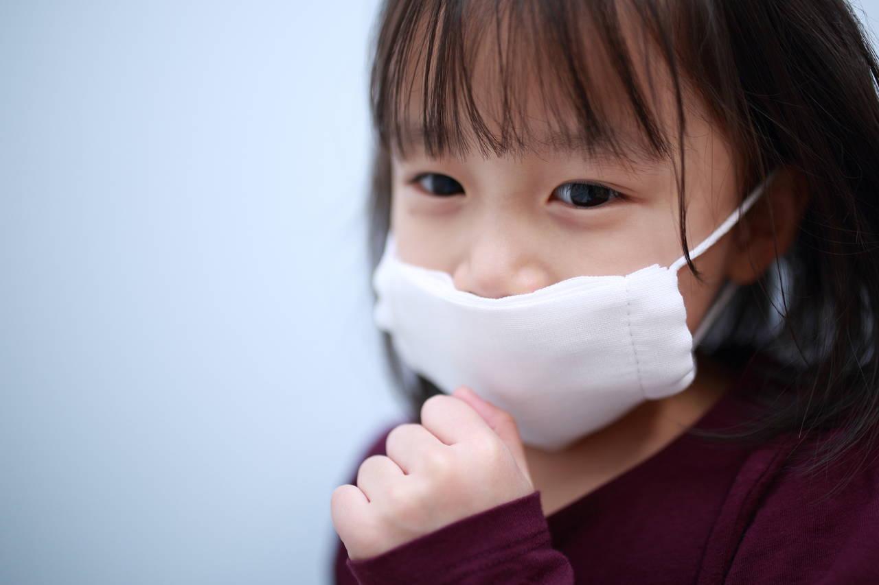 花粉症は幼児でもかかるの?発症したときの対策や検査について