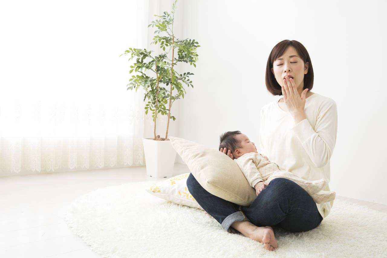 生後1カ月の子をもつママの睡眠!頑張りすぎず一緒に寝よう