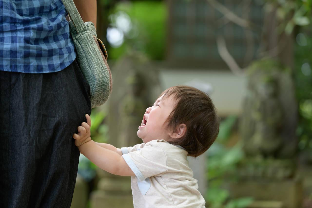 1歳児が外出先でぐずって困る!ぐずる原因や今日からできる対策など