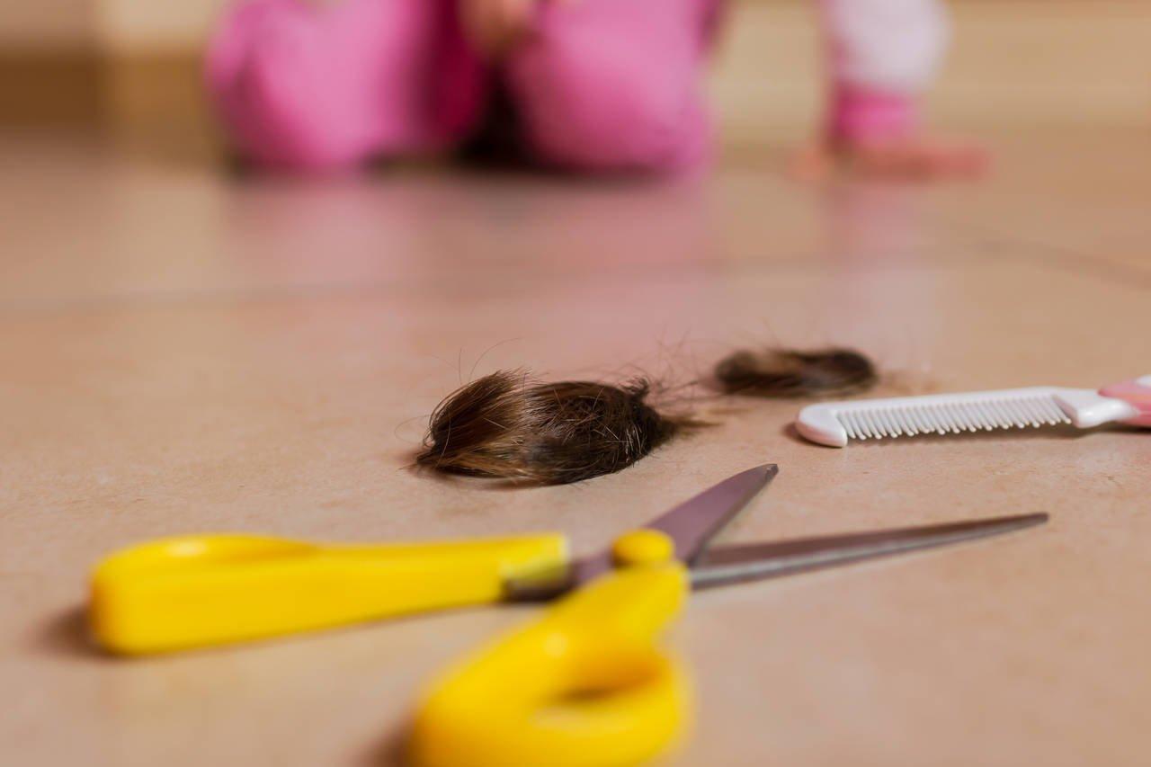 赤ちゃんの髪の毛を保存するには?加工の方法と様々な記念品アイデア