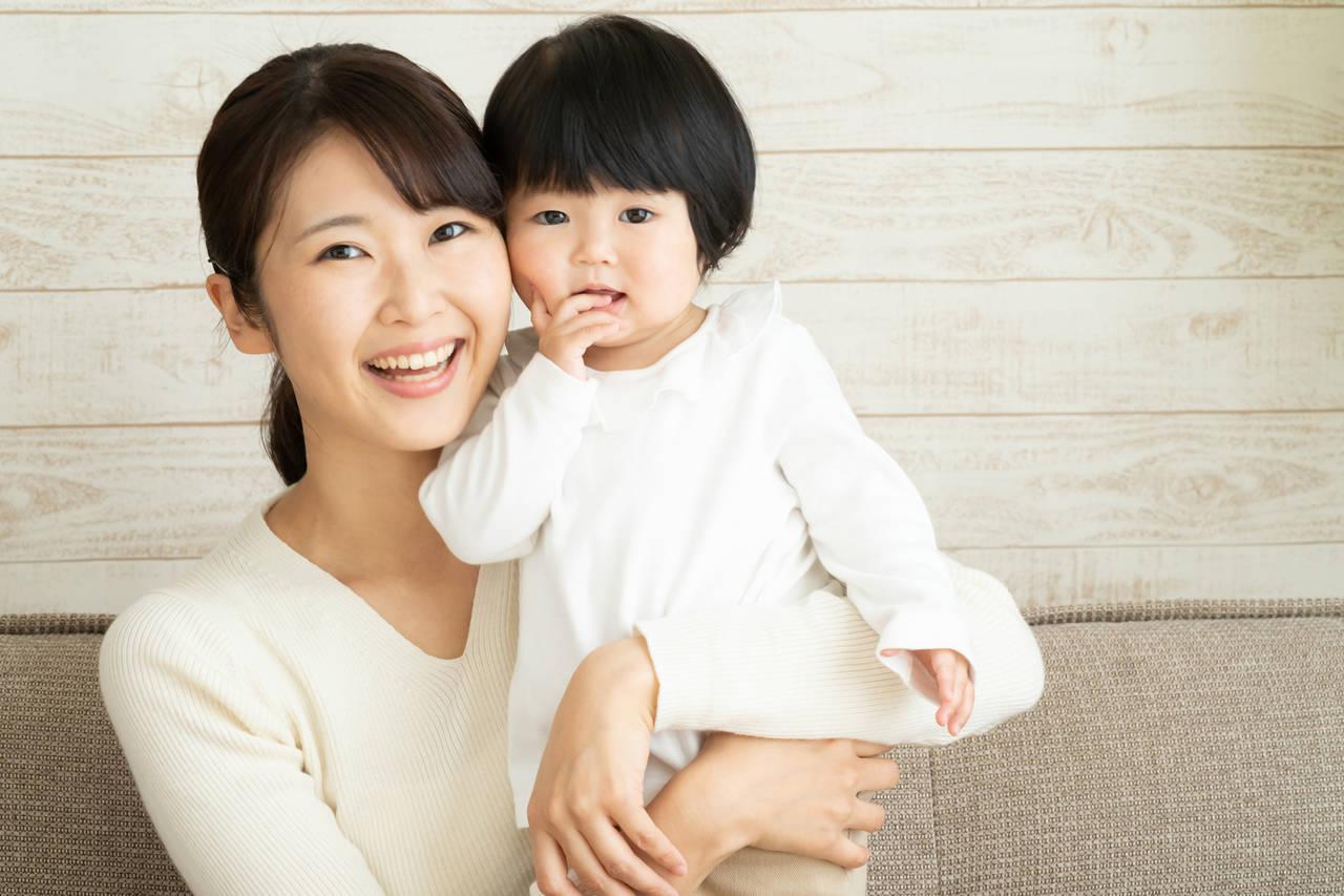 お手伝いは1歳児の成長につながる!子ができる家事やママへの注意点