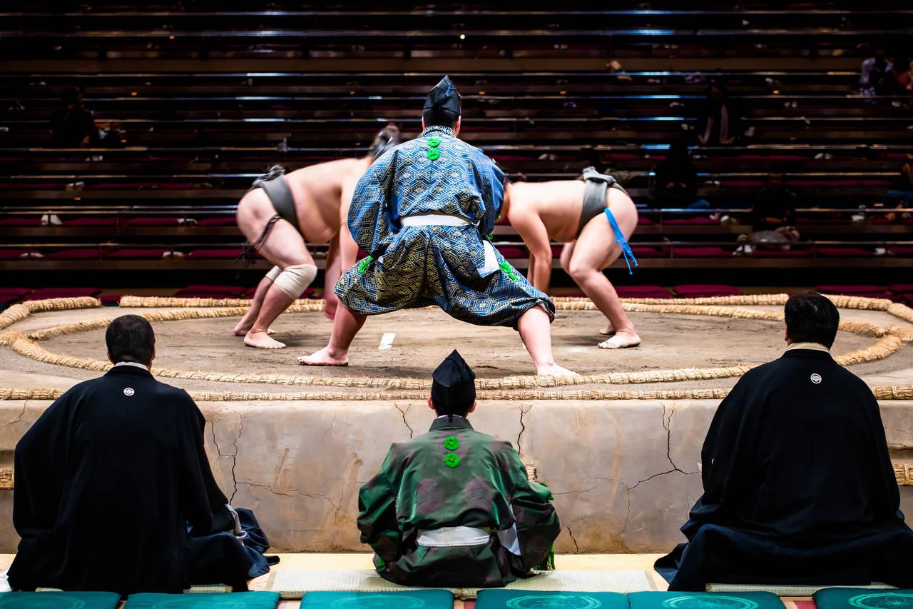 国技の大相撲観戦に夫婦で行こう!チケットの買い方や楽しむポイント