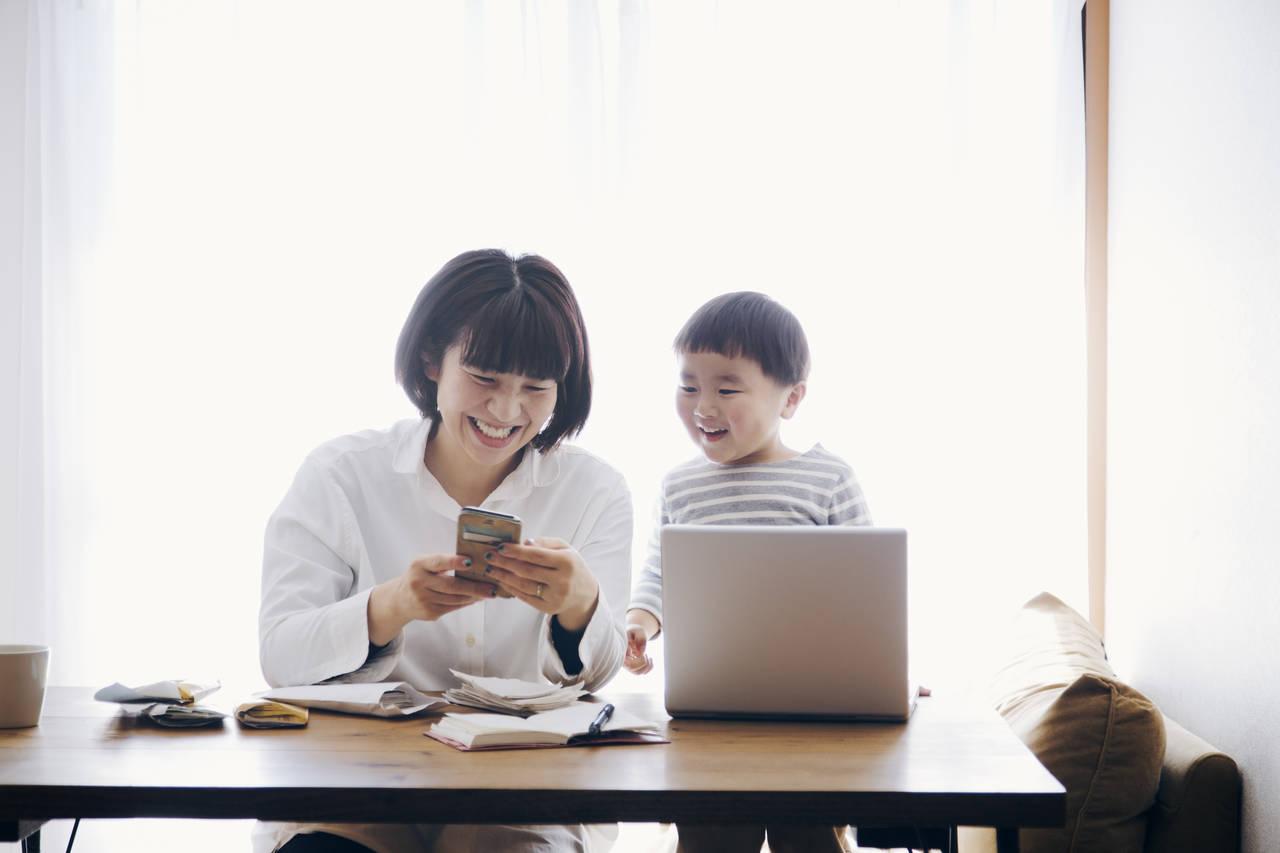 Twitterの使い方は簡単!初心者ママにも役立つ便利な活用法