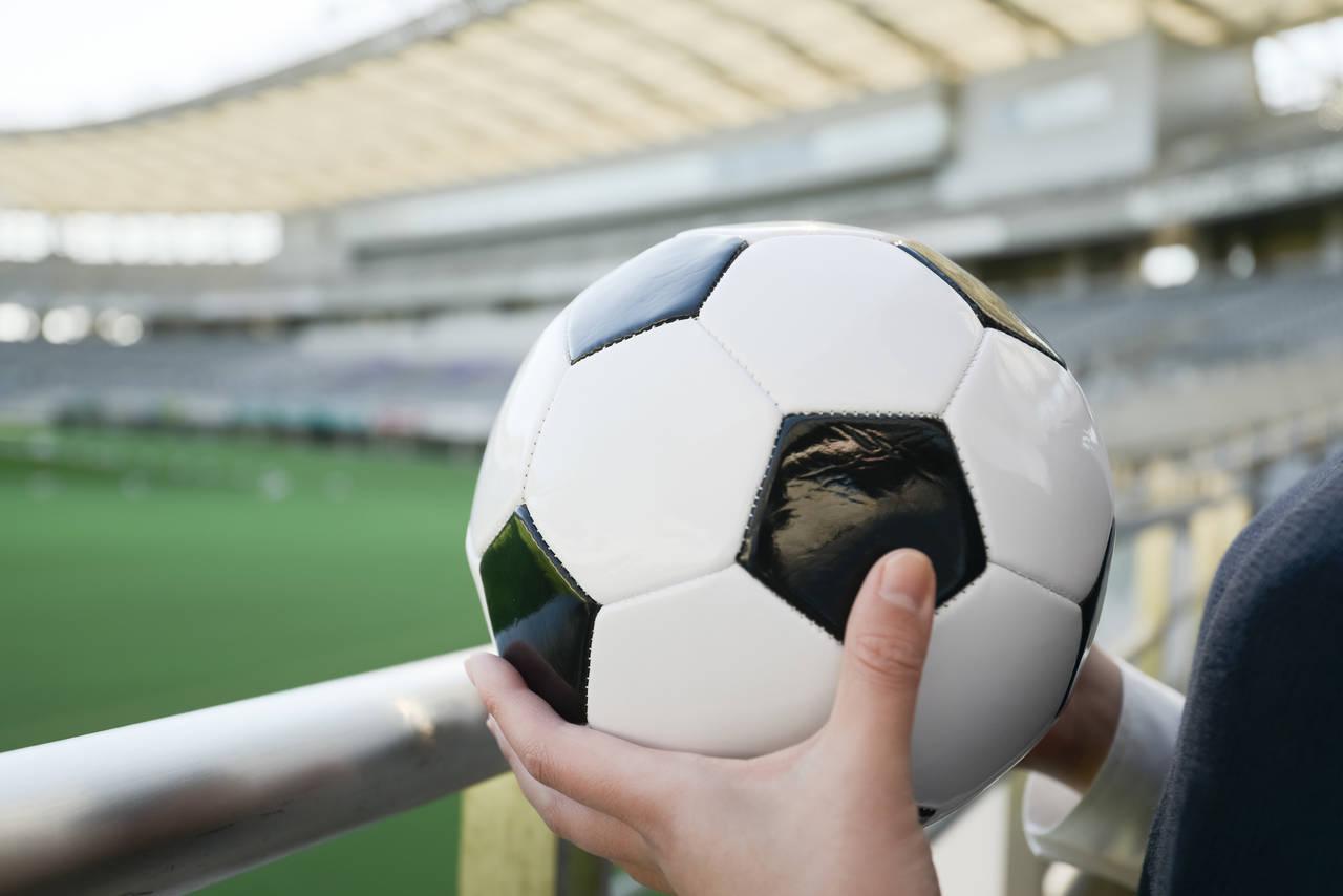 家族でサッカー観戦に出かけよう!子連れに嬉しいスタジアムや注意点
