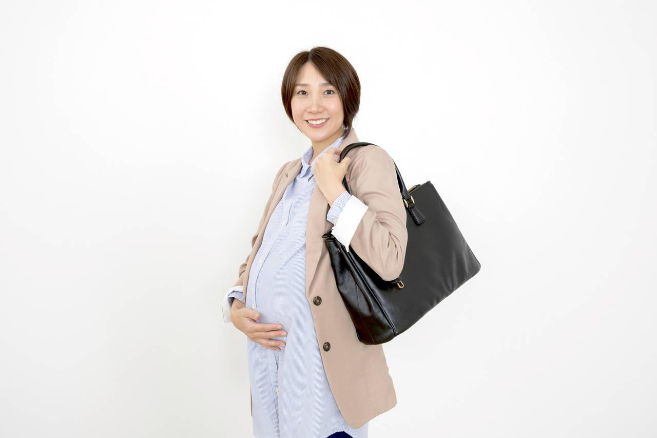 妊婦ママはどんな靴を会社で履く?重視したい要素とこだわりたい靴