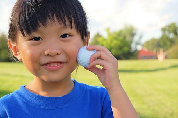 子どもとミニゴルフをしよう!必要なものとゴルフ好きな子への対応