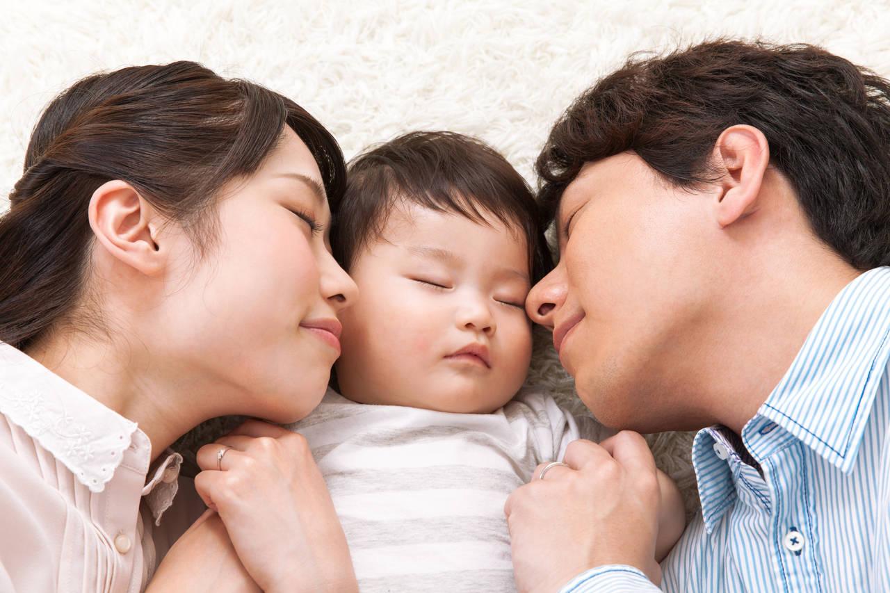 パパと一緒に夜間断乳に取り組もう!方法や成功するためのポイント