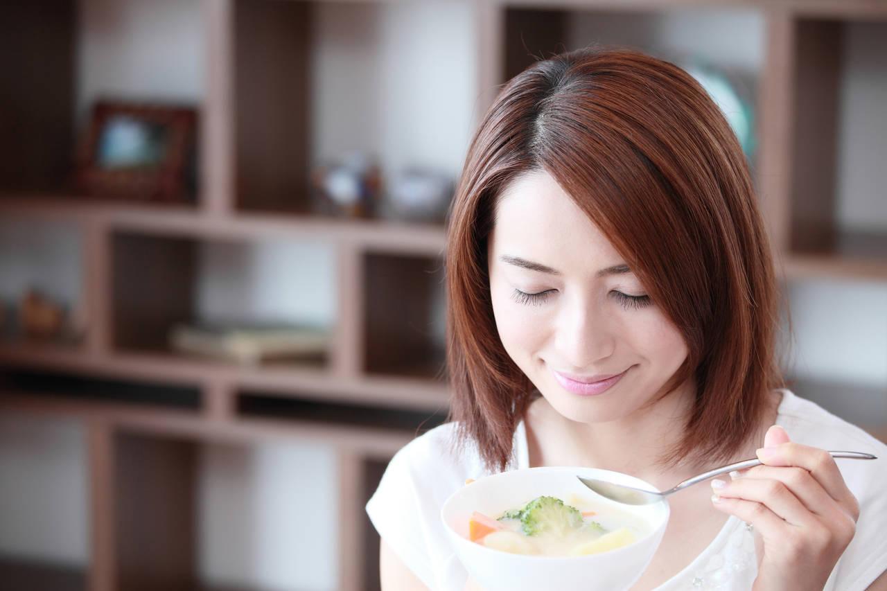 妊婦の食事は二人前必要なの?食事管理のコツや避けたい食品