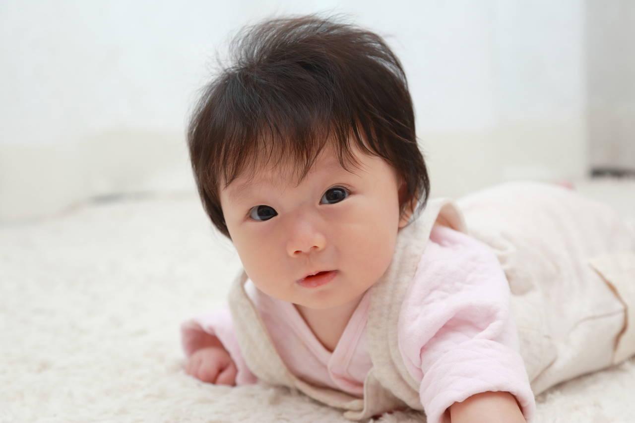 赤ちゃんの髪の毛の量が多い!トラブルを避けて多い髪の毛を楽しもう