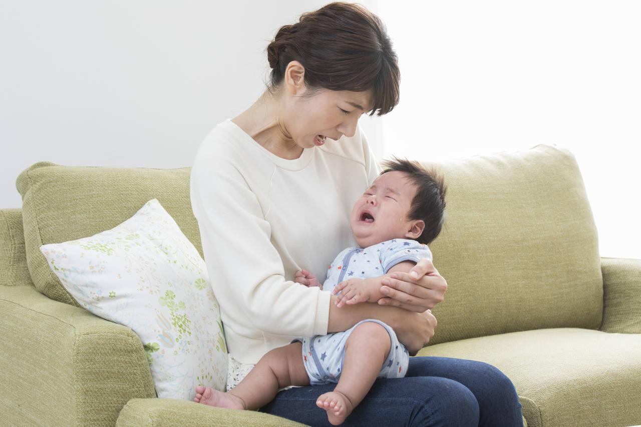 赤ちゃんの寝ぐずりが悪化した!原因や解消する方法について