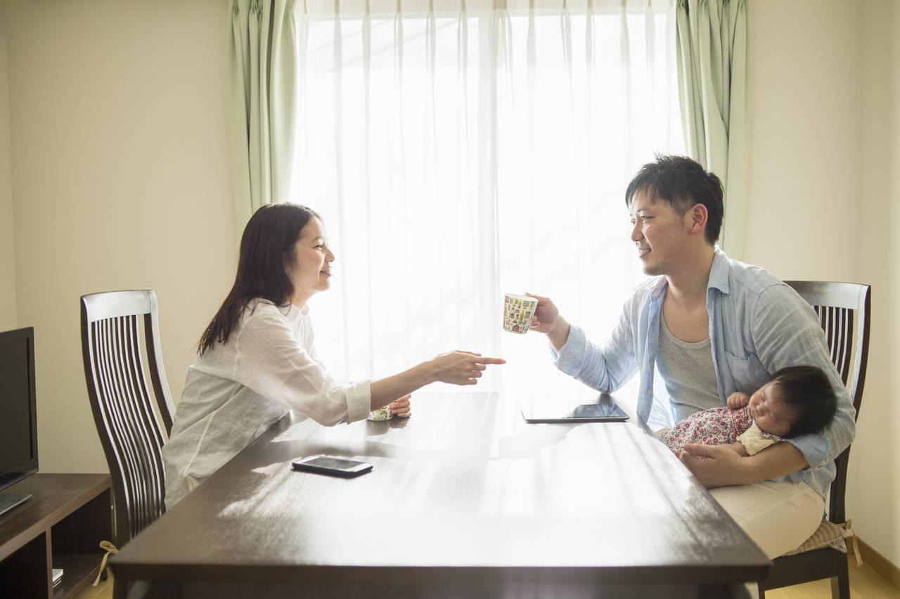 ワンオペ育児でも夫婦生活を良好に!負担軽減や夫婦の会話の大切さ