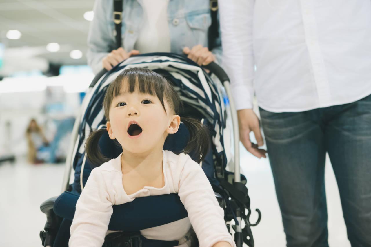 羽田空港でベビーカーを預けるには?料金や預ける際に気をつけること