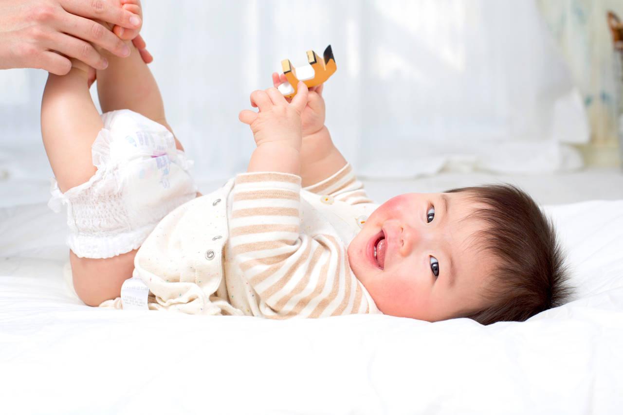 気になる赤ちゃんのおちんちん事情!洗い方の注意点や包皮について