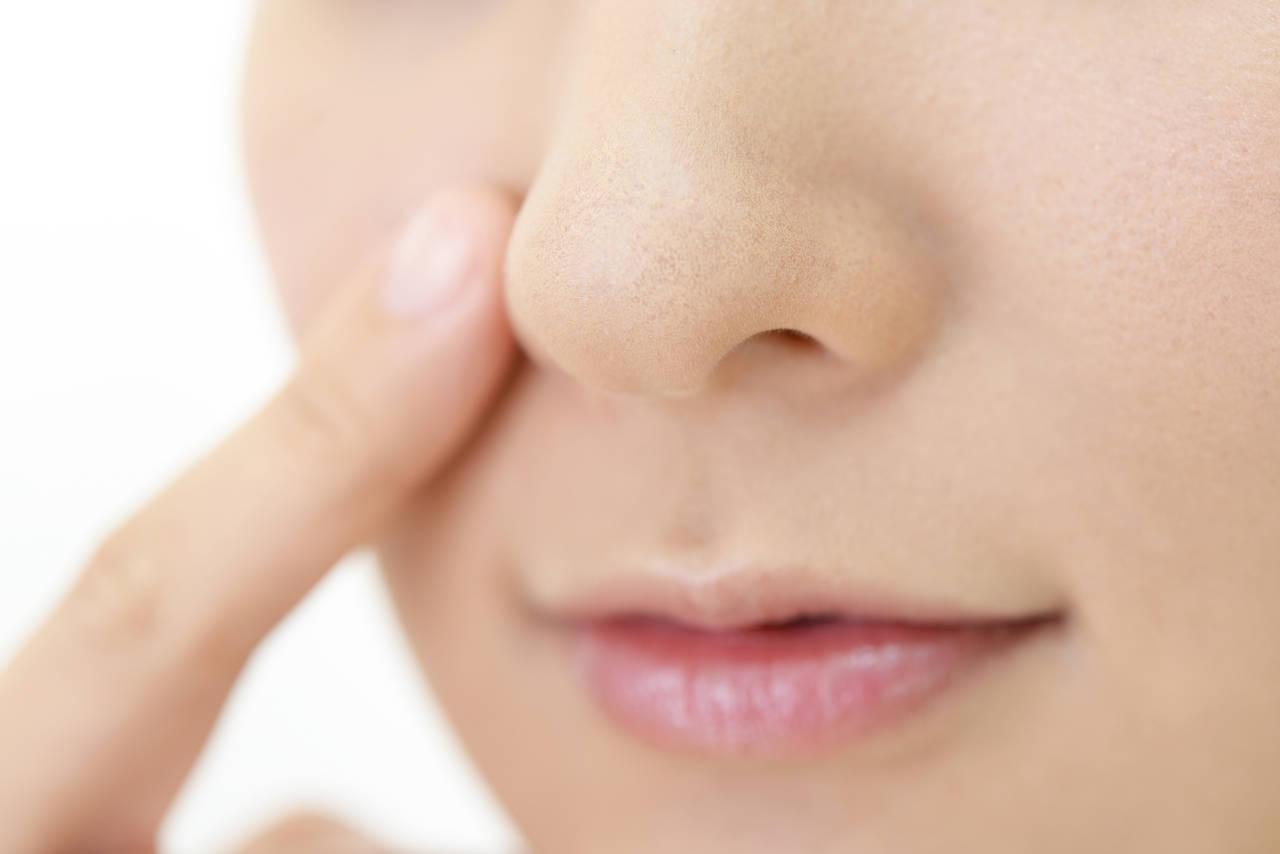 鼻のテカリを改善していちご鼻を防ごう!原因とママができる改善方法