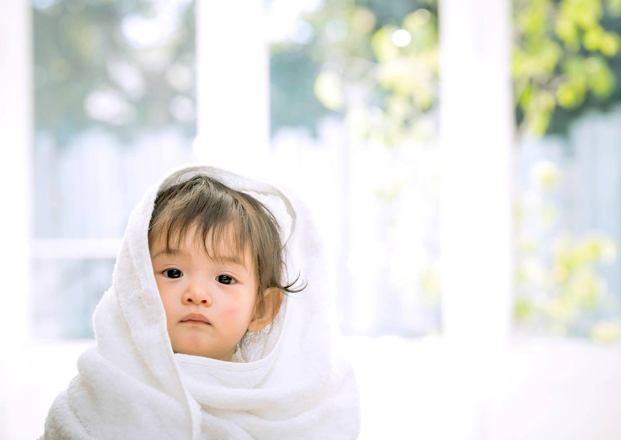 赤ちゃんの髪の毛の謎について!髪の毛の量や抜け毛対策について解説