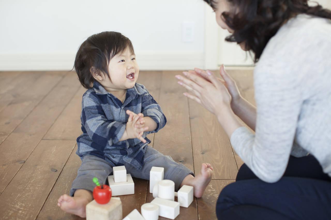 見立て遊びの年齢による違いとは?必要性やパパママの関わり方