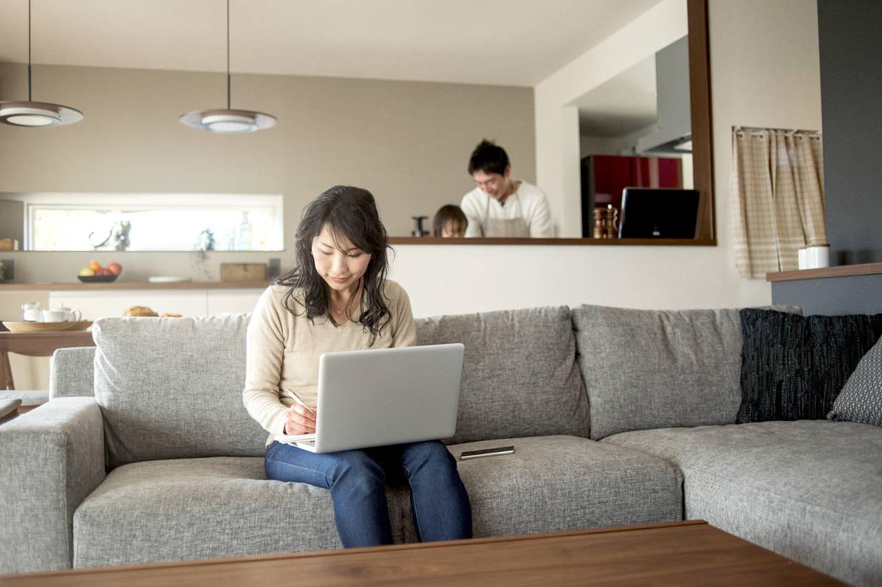 ワーキングマザーの勉強方法!時間管理術や持続できるコツを紹介