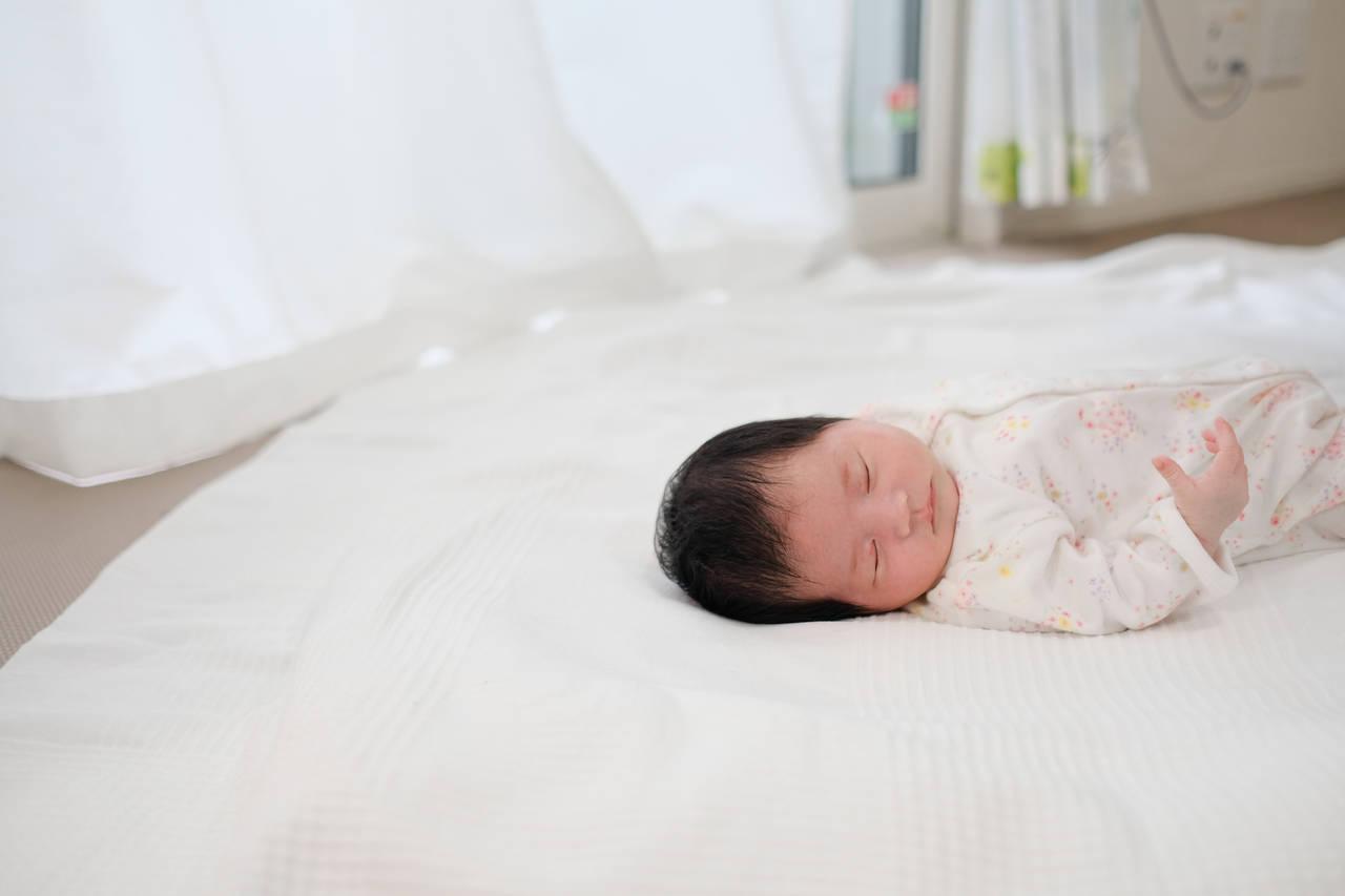 生後2カ月でねんねトレーニングは可能?乳児期に行うネントレ方法