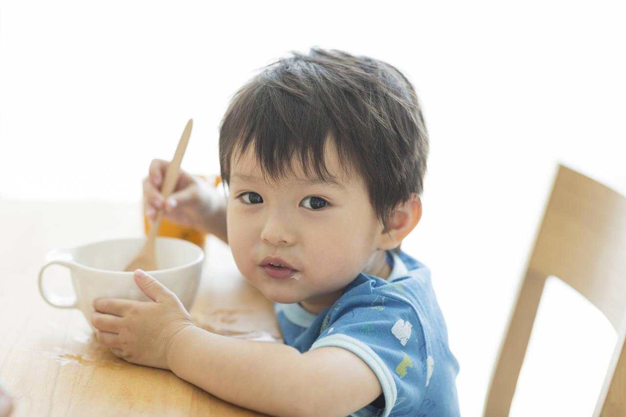 3歳の食べ方が汚くても大丈夫!ママも笑顔になれるしつけのコツ