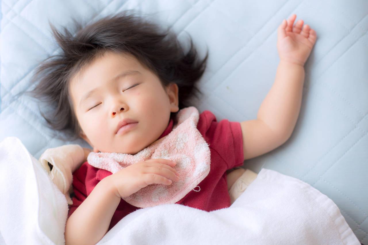 3歳の睡眠時間は何時間が理想?寝不足は子どもの発育に影響する