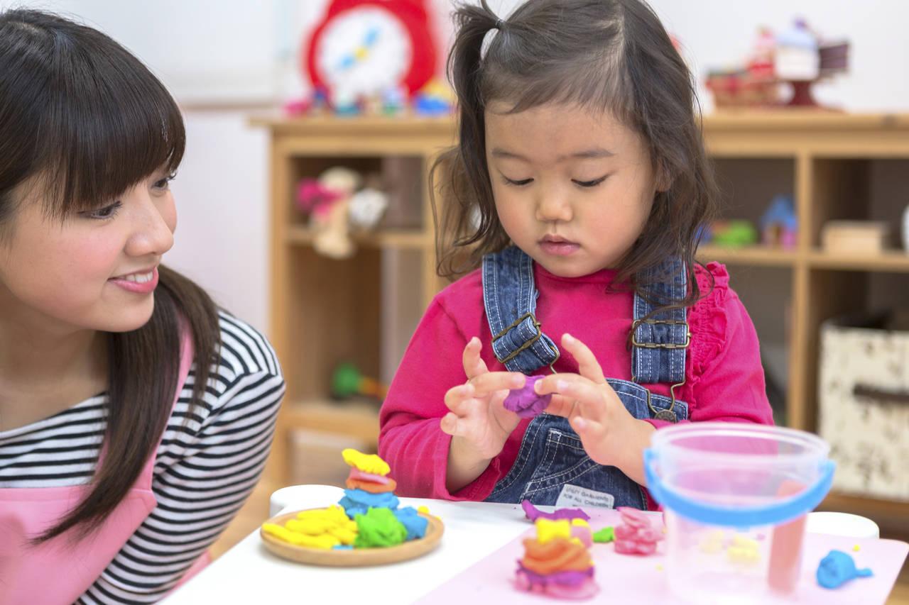 ねんど遊びで子どもの創造力を伸ばす!ねんどの種類や人気商品を紹介