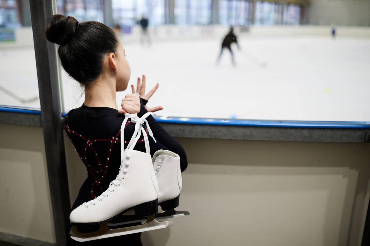 フィギュアスケートにかかる費用とは?習うメリットや教室選びも紹介