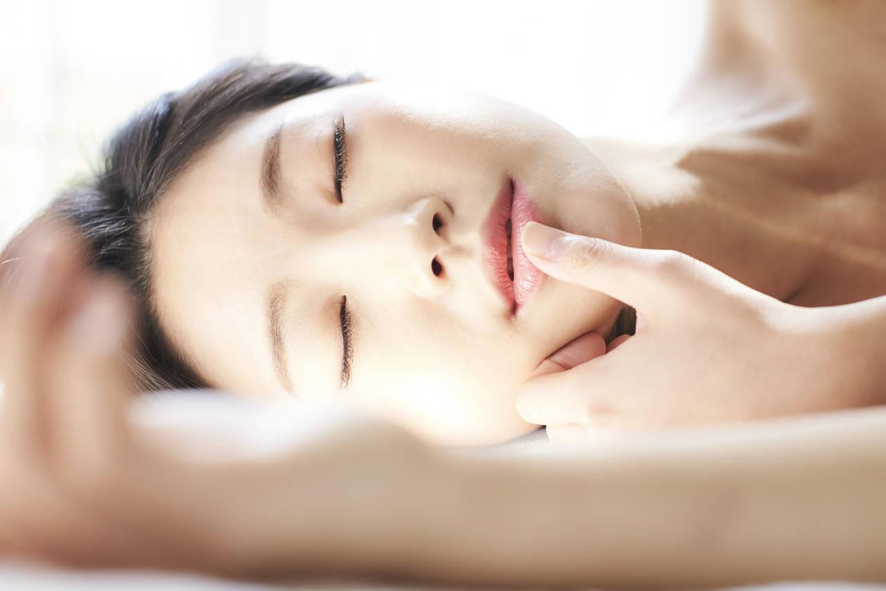 化粧をしたまま昼寝をしたとき。化粧直しや昼寝のメリットについて
