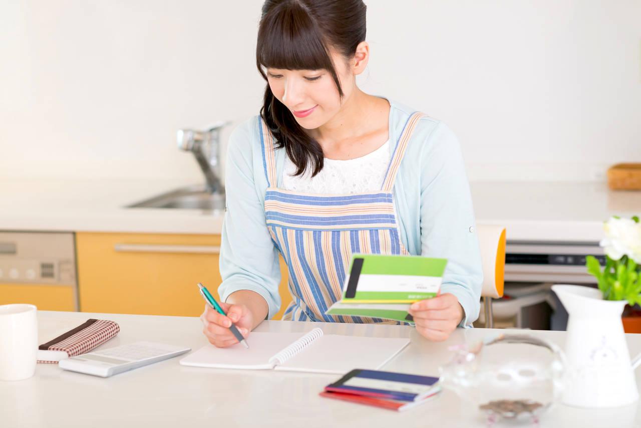 手書きの家計簿をつけるメリット!自分に合う方法で家計管理をしよう