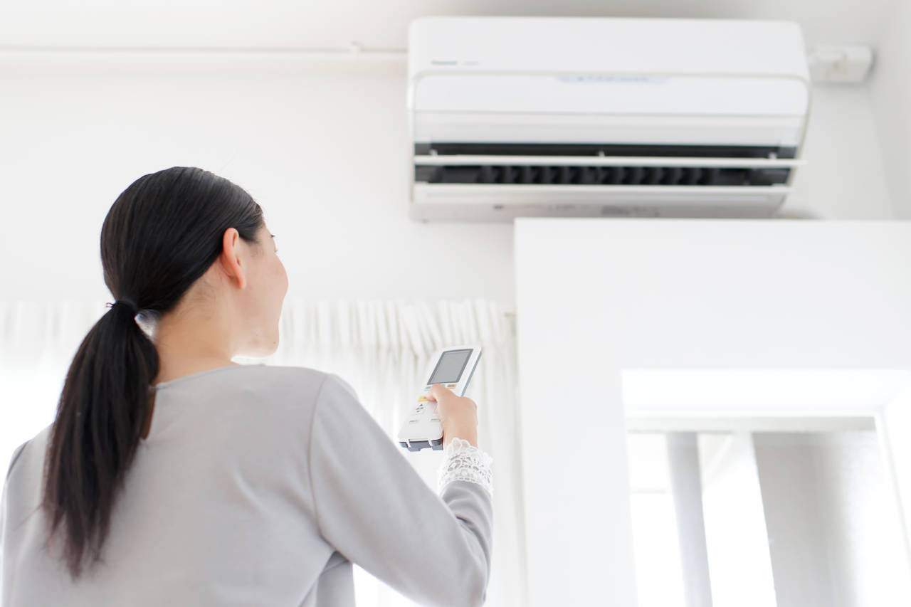 エアコンはつけっぱなしが節電に?お家でカンタン節電対策を始めよう