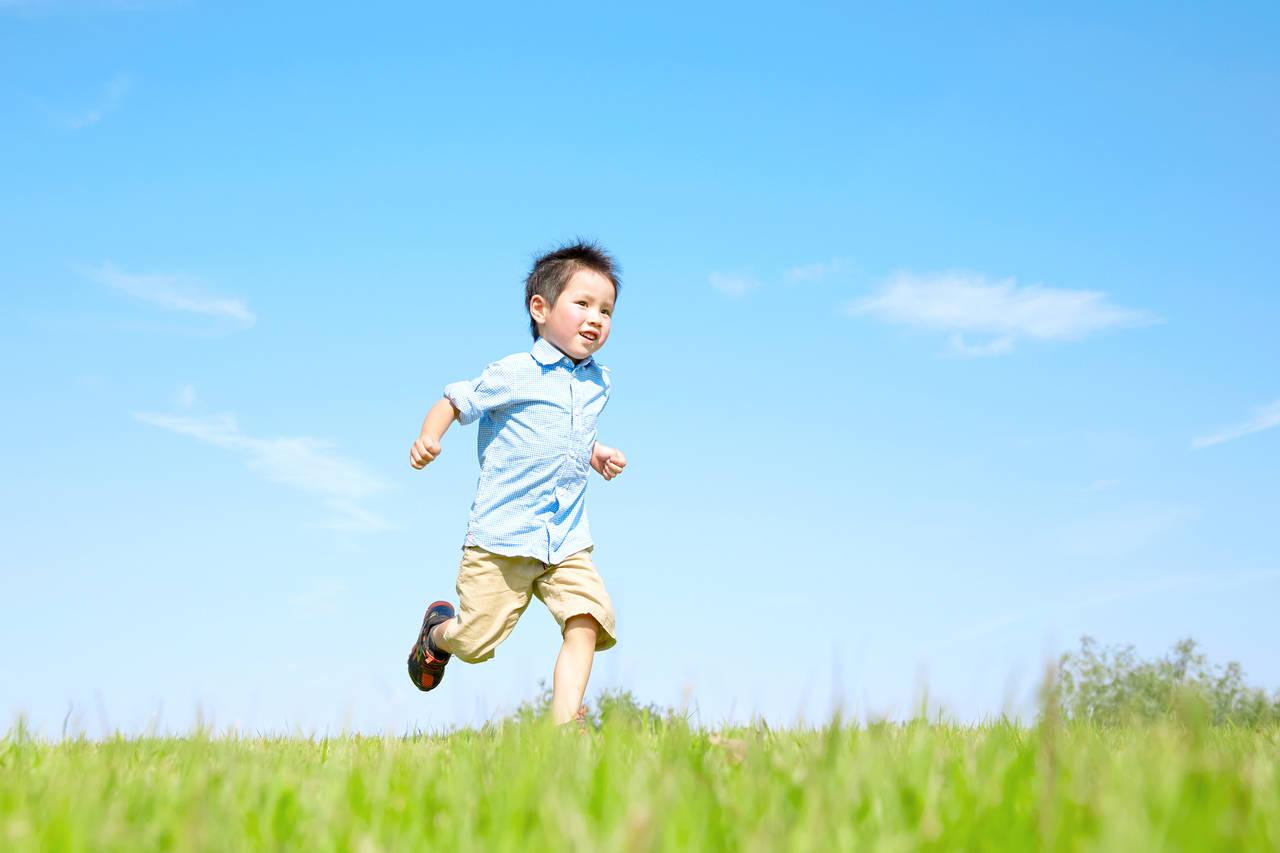 子どもが速く走るためのコツとは?子どもと楽しんで練習をしよう