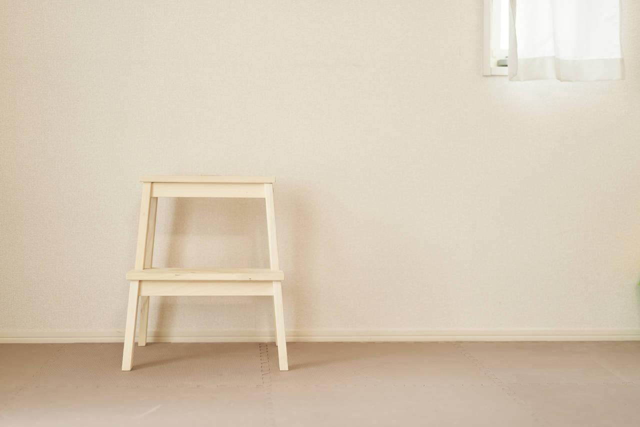 子ども用の踏み台に木製を選ぶ理由!安心して使える踏み台選び