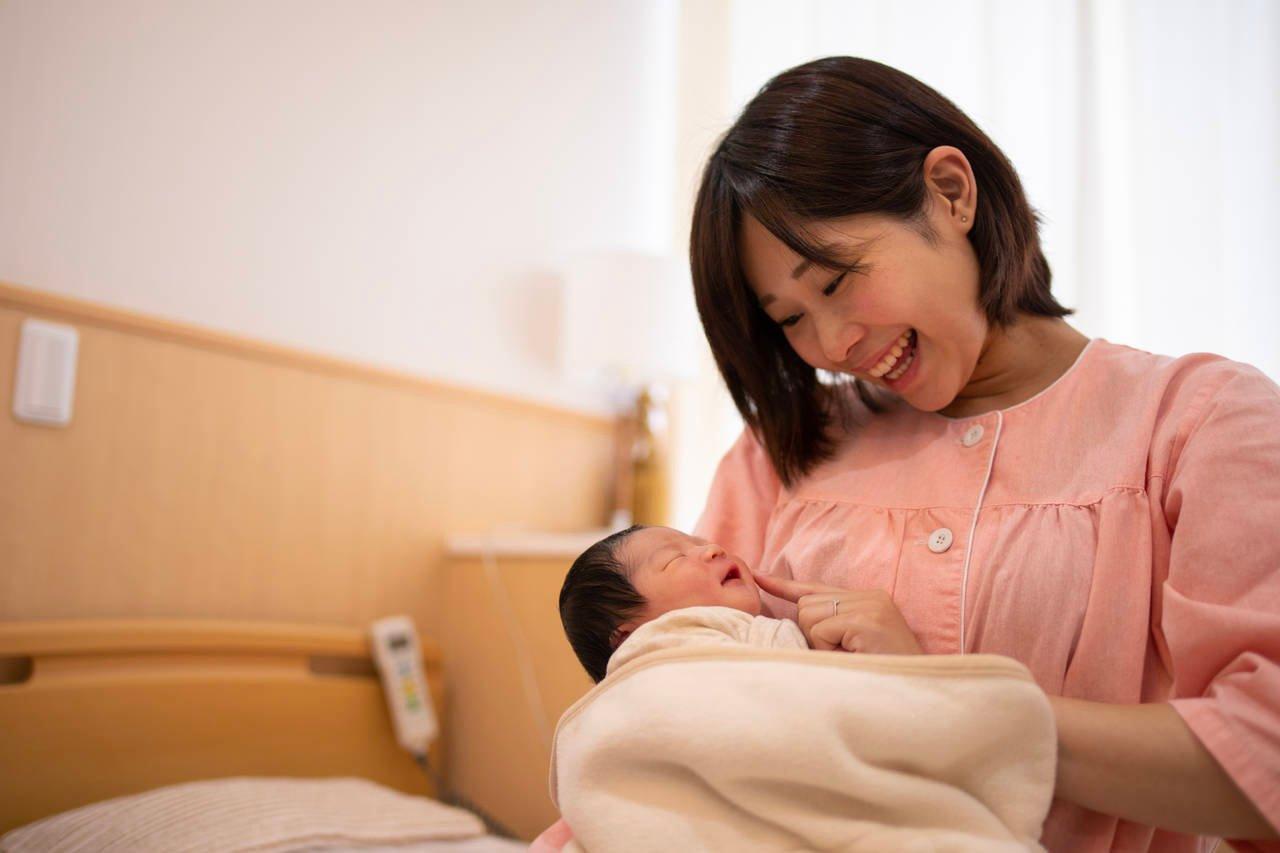 5時間で出産するのは早い?出産時間の平均や安産への準備