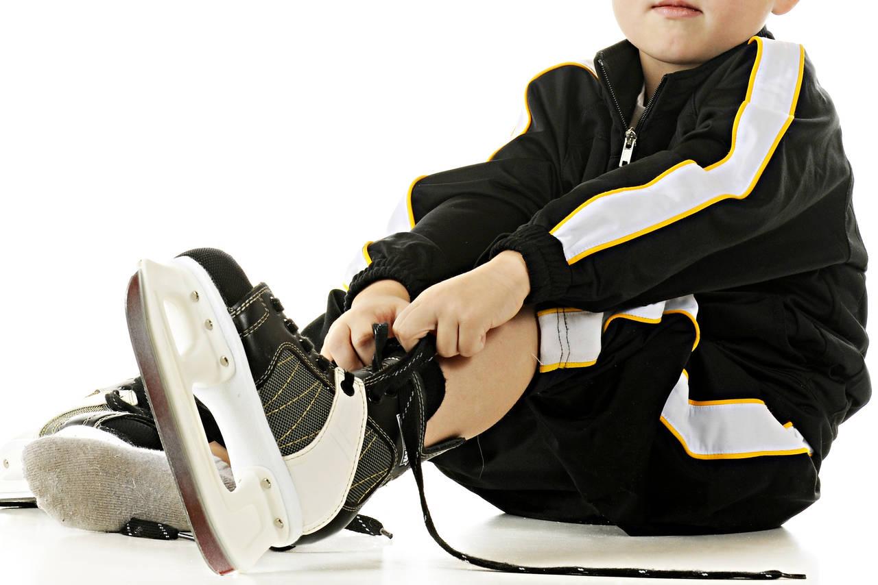 男の子がフィギュアスケートを始めるには?習い方と親としての心得