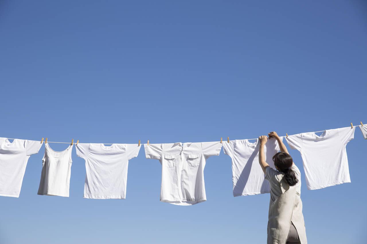 塩素系漂白剤で真っ白に洗濯しよう!洗濯以外の使用方法や注意点とは