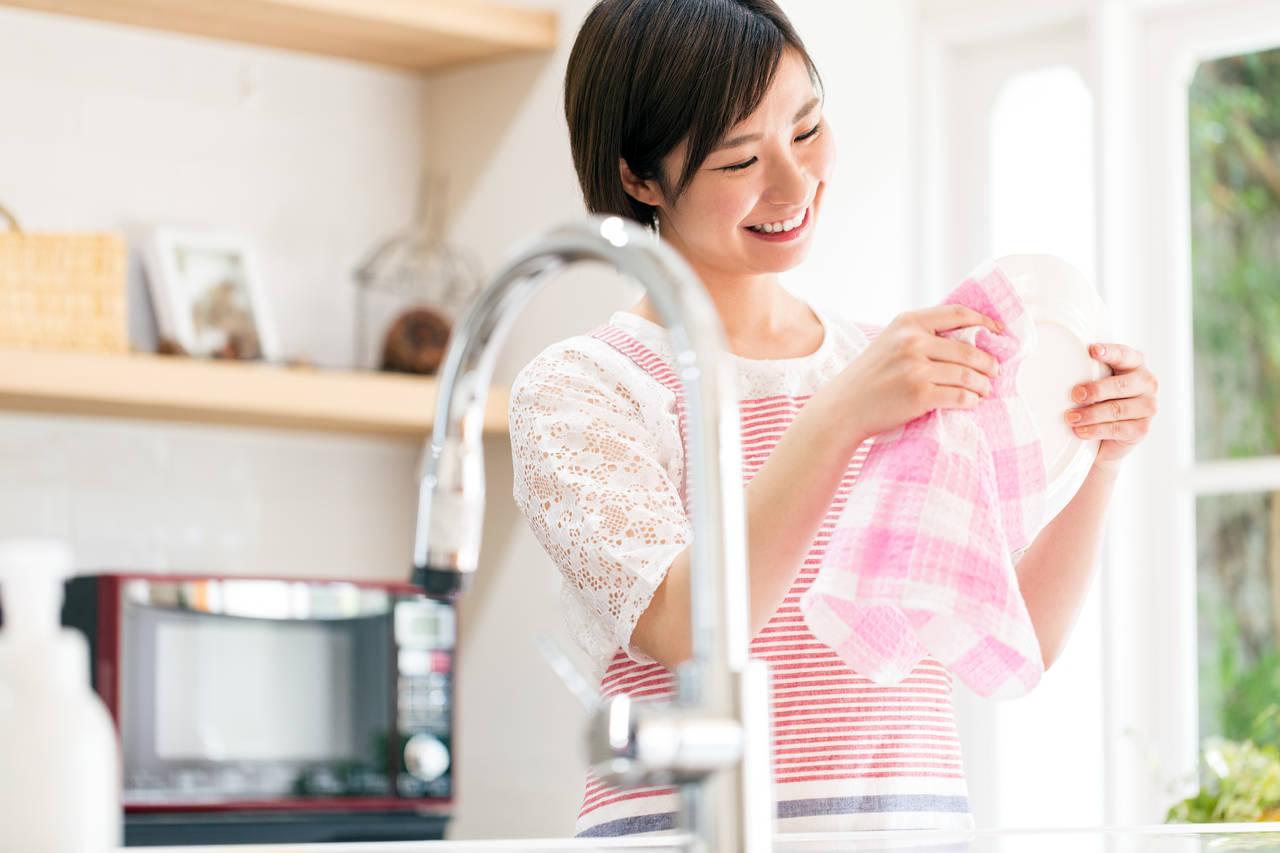 酸素系漂白剤で食器を衛生的に!子どものいる家庭で大活躍の除菌方法