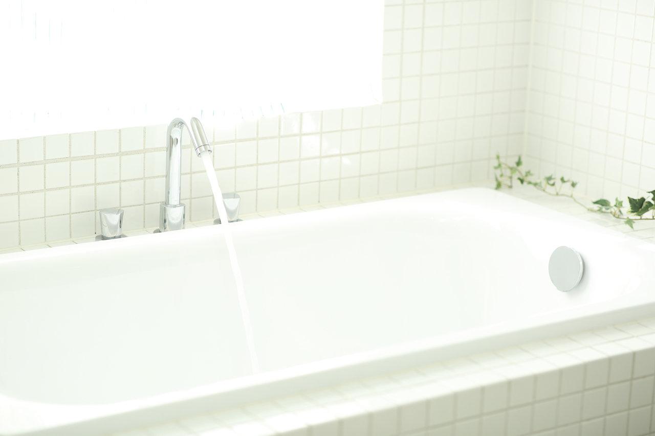 妊娠中もお風呂でリラックスしたい!安全快適な入浴法とお助けグッズ