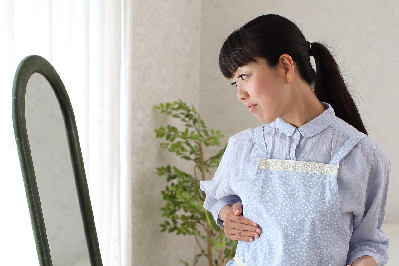 胸が垂れる年齢は何歳から?垂れやすい要因とハリを維持する予防法