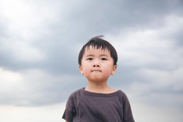4歳反抗期の対応にママは手こずる?男の子特有の態度への接し方とは
