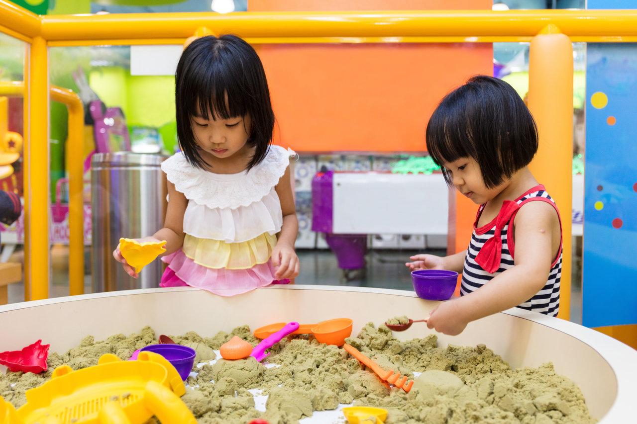 砂場セットの持ち運び方法は?道具選びから楽しく遊ぶポイントまで